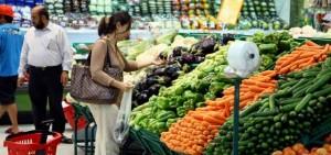ارتفاعات في أسعار الخضراوات والفواكه في أسواق أبوظبي و دبي و الشارقة