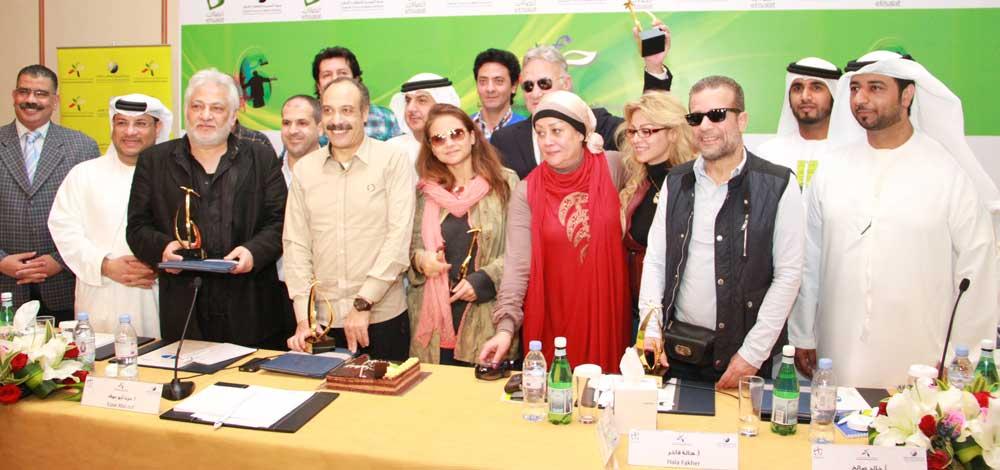خالد صالح يحتفل بعيد ميلاده الأخير بامارة الفجيرة