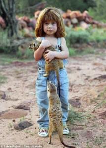 تيبى بنجامين فتاة قضت أول عشر سنين من حياتها بأدغال أفريقيا (9)