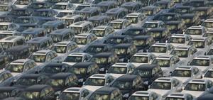 إلزام الوكالات بالإقرار بأن السيارة «خالية من العيوب» في «العقد الموحد»
